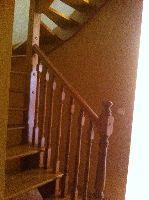 Escalera acceso Buhardilla 小屋